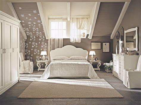 Wandfarbe Grau Weiße Möbel by Farbe Taupe Elegante Wandfarbe Taupe Freshouse