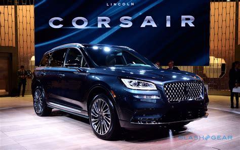 lincoln corsair brings navigator style  luxury