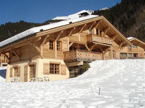 chalet pied des pistes appartement dans chalet pied des pistes 400 m t 233 l 233 cabine150km de pistes rh 244 ne alpes 902624