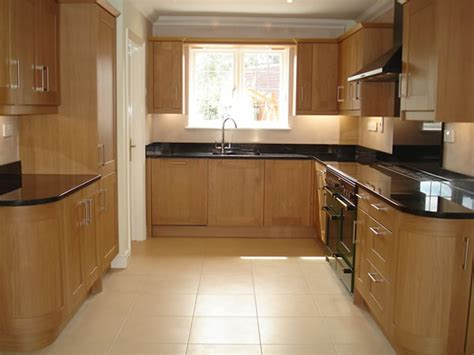 fitted designer kitchens  peter hamilton kitchens