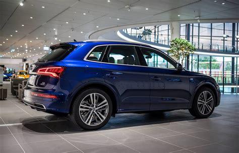 Blue Audi Q5 2017 audi q5 with navarra blue metallic showcased in