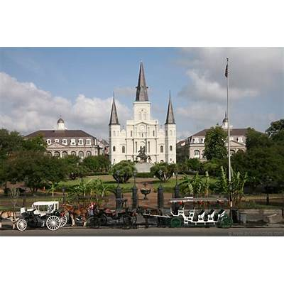 TRAVELING IN OUR FABULOUS GAY WORLD: New Orleans' Sights