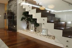Raum Unter Treppe Nutzen : wie man den platz unter der treppe nutzen kann 9 fantastische ideen ~ Buech-reservation.com Haus und Dekorationen