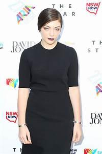 Lorde's black dress