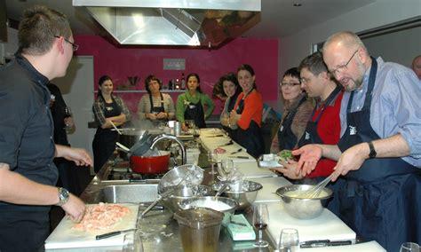 cours de cuisine antibes cours de cuisine toutes nos activités longitude 7