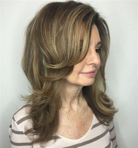 60 Most Prominent Hairstyles for Women Over 40 Medium