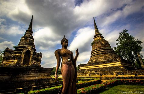 A Visual Journey Through The Historical Ruins Of Sukhothai ...