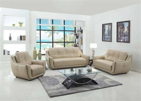 Modern Leather Furniture by Modern Beige Leather Sofa Gu 88 Leather Sofas