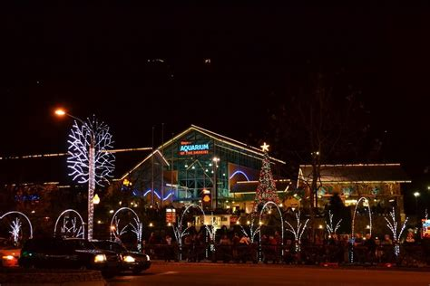 Gatlinburg Lights by 4 Best Ways To See The Gatlinburg Tn Lights
