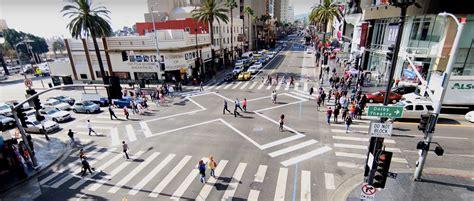 Diagonal Crosswalk: Walk Any Way in LA's Safe Scramble ...