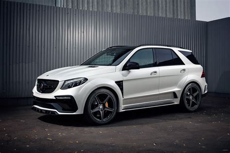 The new optional active suspension actively assists with sporty or comfortable driving, depending on the selected mode. Mercedes-Benz GLE 63 Wagon INFERNO. WHITE. / TopCar