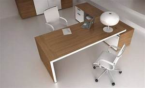 Bureau Direction Design Italien