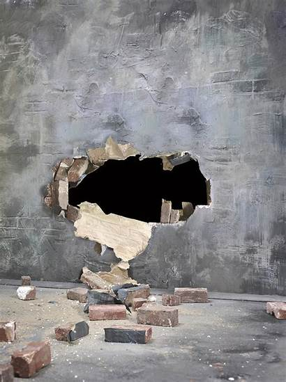 Broken Wall Lphi