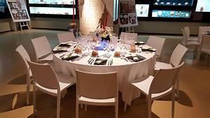 Table 14 Personnes : table ronde 14 personnes 220m carcat location ~ Teatrodelosmanantiales.com Idées de Décoration