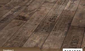 Alternative Zu Laminat : holzboden im badezimmer parkett und laminat als alternative zur fliese ~ Frokenaadalensverden.com Haus und Dekorationen