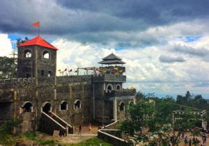 lokasi  rute menuju  lost world castle sleman