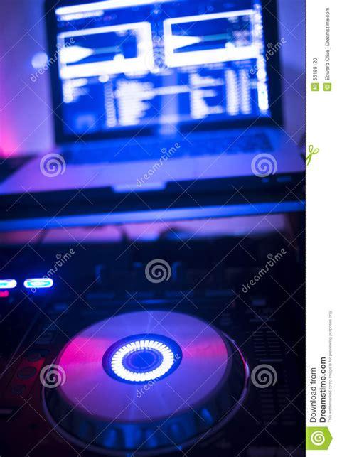 console dj pc dj console mixing desk ibiza house nightclub