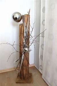 Gartendeko Aus Altem Holz : gs06 dekos ule f r innen und aussen s ule aus altem holz nat rlich dekoriert mit einer ~ Frokenaadalensverden.com Haus und Dekorationen