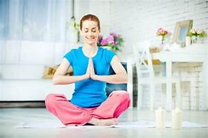 Yoga At Home : create a yoga sanctuary at home ~ Orissabook.com Haus und Dekorationen