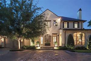 A, Traditional, Dream, Home, In, Houston, With, Rustic, Flavor