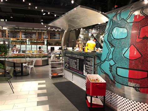 lincoln square south food hall  open downtown
