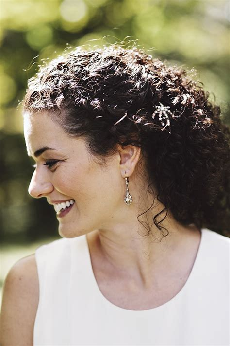 hair cut styles for curly hair curly prom hairstyles stylecaster 4191