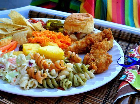 Food plate 1 - bluwaterlife