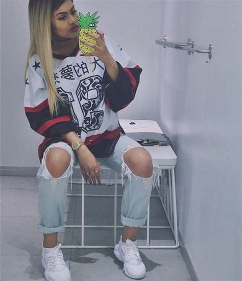 Sneakers jeans fashion style streetwear jersey dope instagram tumblr outfit chill ...