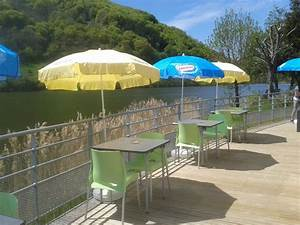 camping auvergne snack bar village vacances du lac de With camping auvergne avec piscine couverte 10 camping auvergne village vacances du lac de menet cantal
