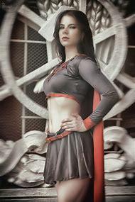 Supergirl Cosplay Girl