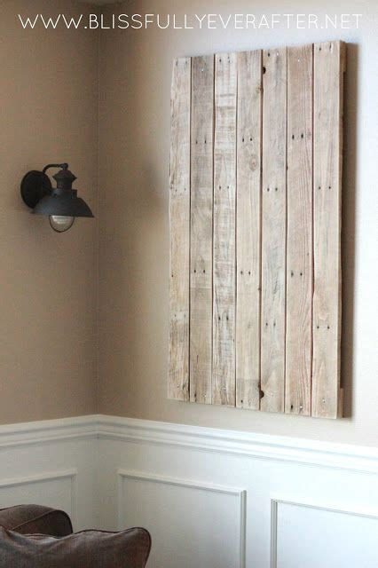 upcycling pallet wood projects  protect  wall