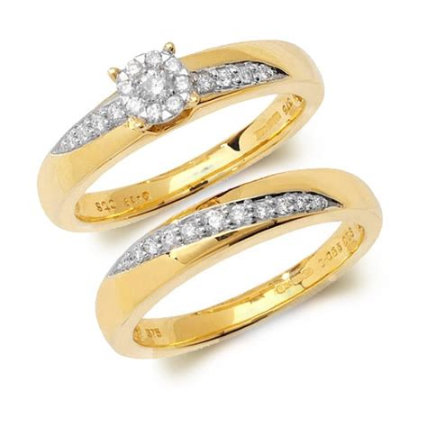 9 carat yellow gold wedding ring set round brilliant cut