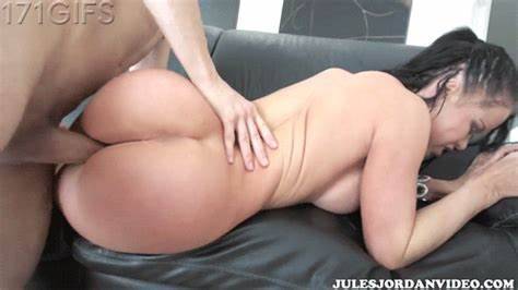 Comely Chinese Pounds Drill In Naked By Bbc