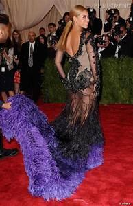 le top robe transparente beyonce audacieuse et sexy au With robe transparente video
