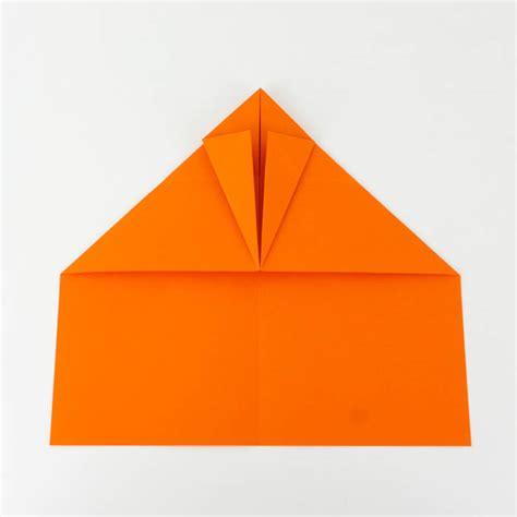 wie bastelt einen papierflieger papierflieger anleitung 27 38 einfach basteln
