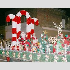 Sports Parade Float Ideas  Santa Came To Town On Bertha Ray's Candy Cane Float  Swim Team