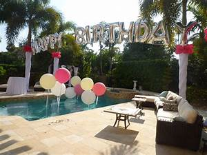 Swimming Pool Dekoration : birthday balloon arch over a swimming pool backyard party decoration ~ Sanjose-hotels-ca.com Haus und Dekorationen