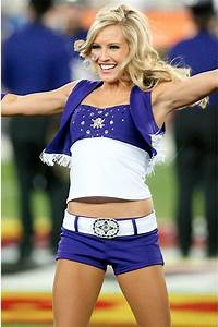 15 Ridiculously Hot College Cheerleader Pictures  Bcs Edition