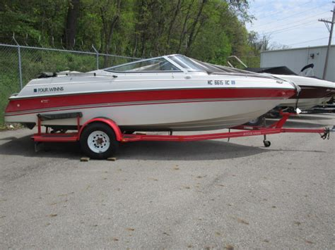 Four Winns Boat Dealers Indiana by 1995 Used Four Winns 200 Horizon Bowrider Boat For Sale