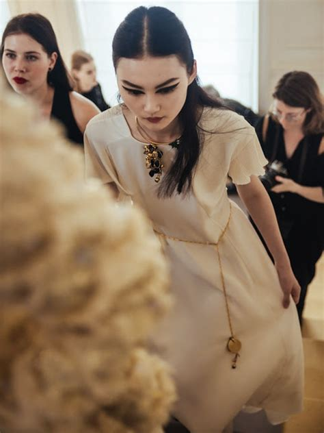 christian couture si鑒e social runway backstage at christian haute couture aw16 cool chic style fashion