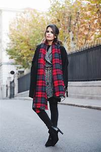 Warm and Cozy Scarf for Cold Winter Days 18 Lovely Outfit Ideas (Part 1) - Style Motivation