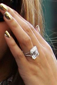 celebrity engagement rings With beyonce s wedding ring