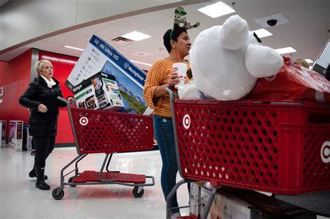black friday holiday shopping american economy