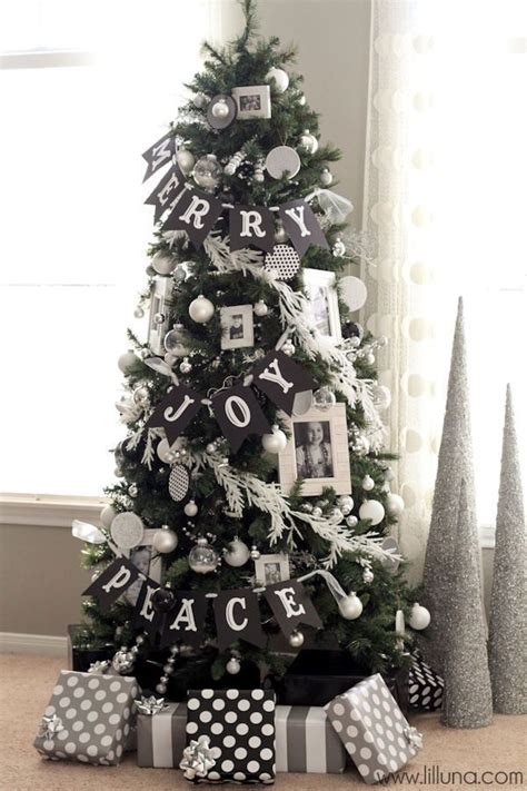 Tree Decorating Themes - 40 tree decorating ideas