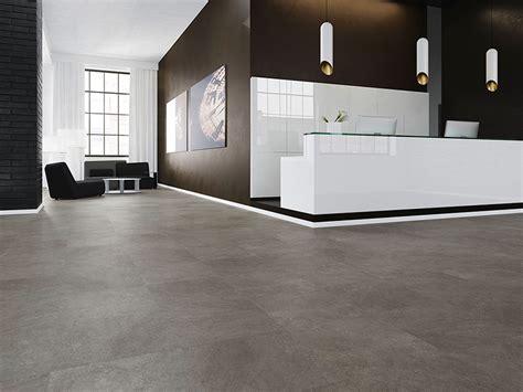 Linoleum Bodenbelag Mit Guten Eigenschaften by Bodenbel 228 Ge