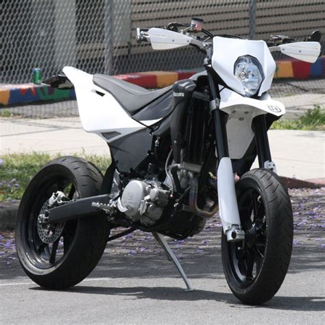 2 husqvarna smr 510 supermoto is husqvarna supermoto supermotard