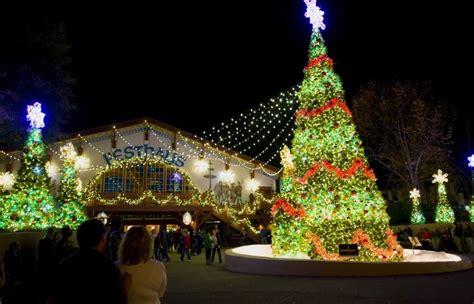 theme parks  decorate   holidays