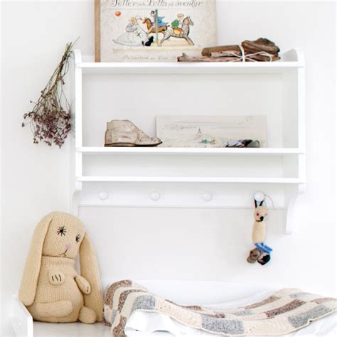 Oliver Furniture Children's Wall Mounted Bookshelf
