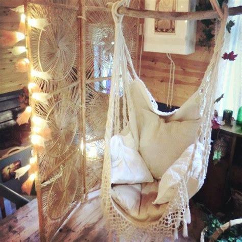Hanging Chair Indoor Diy by 25 Best Indoor Hanging Chairs Ideas On Indoor