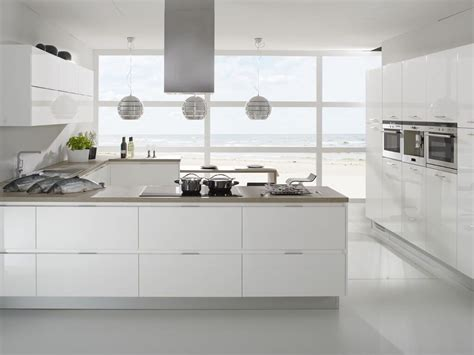 Spectacular White Luxury European Style Kitchen Cabinets